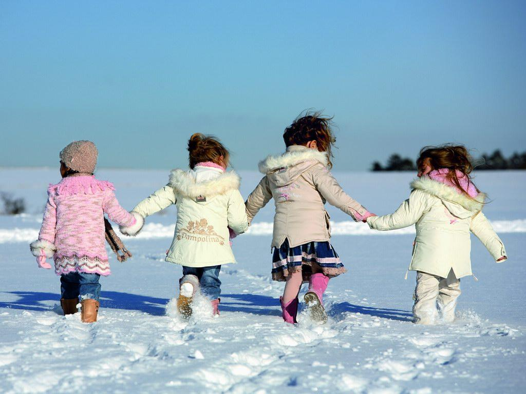 зимние прогулки малышей